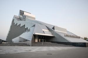 """Latvijas Nacionālās Bibliotēkas ēka izvirzīta investīciju izstādes """"MIPIM 2015"""" arhitektūras darbu konkursa otrajai kārtai"""